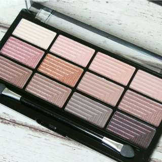 Audacious 3 Eyeshadow palette by Freedom Makeup