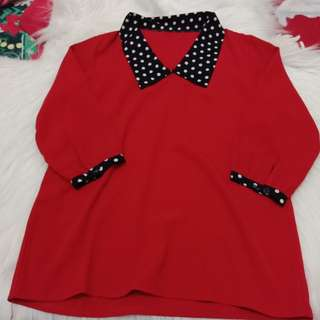 Red sweater bola