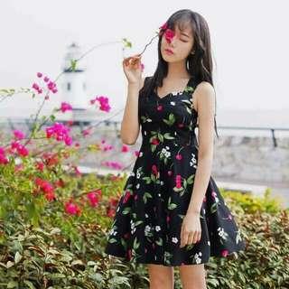 Dress w/ ribbon