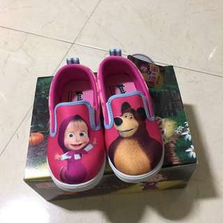 Masha and the bear shoe