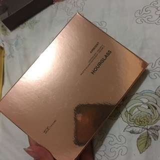LIMITED EDITION hourglass ambient volume 3