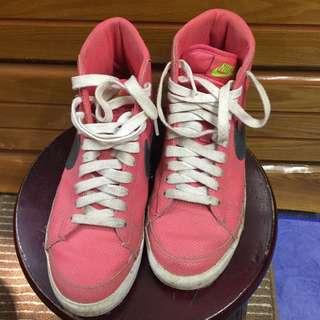 🚚 Nike 杏紅高筒鞋