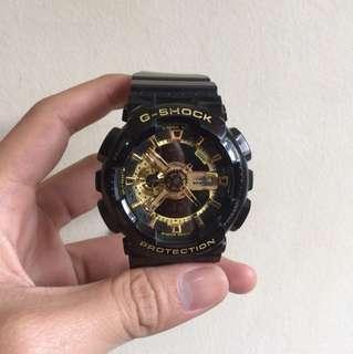 Gshock Ga-110 Black gold defect