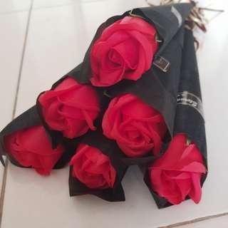 Valentine day rose (black red)