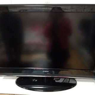 """THTF 32寸 32"""" LCD TV 電視"""