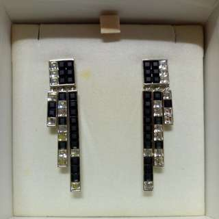 Atelier & Swarovski Xover Earring