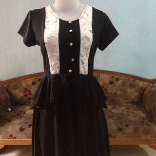 Dress hitam lace