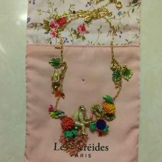 Les Nereides Monkey Necklace