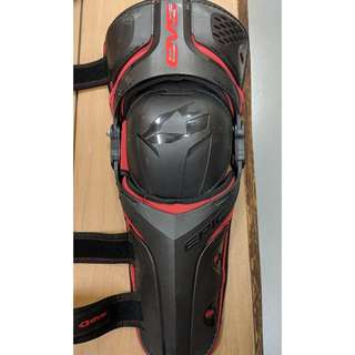 EVS EPIC Knee Guard