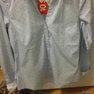 BNWT H&M Light Blue Dress Shirt - Size 8