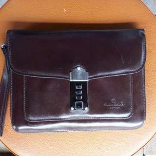 Classic Belmonte Hand Bag