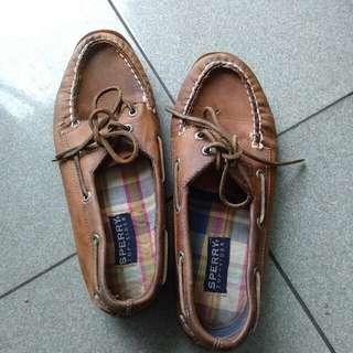 Sepatu sperry top sider