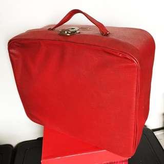 FairLady Vintage Suitcase