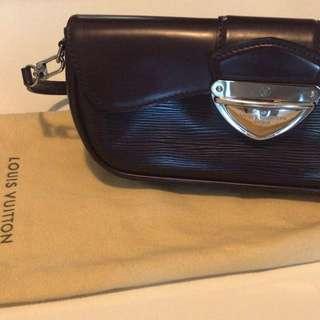 Fuchsia Montaigne clutch bag