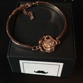 Brand new rose gold plate crystal bracelet valentine gift