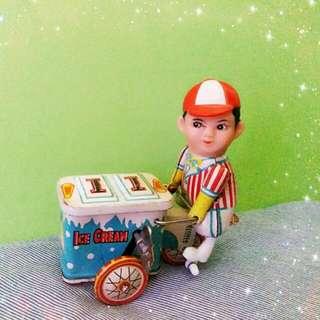 早期上海鐵皮玩具【雪糕車】
