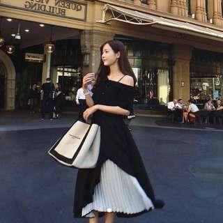 黑色斜肩上衣 黑白撞色百摺裙 兩件式套裝