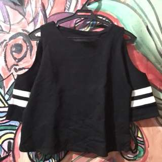 Semi Off shoulder Black/white (Terno)