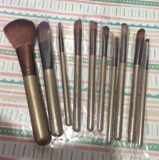 Naked 10pcs brush