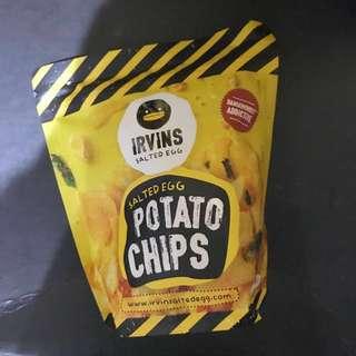 CHEAPPP!!! Irvins salted egg potato chips 105 gram