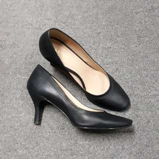 Parisian Black Corporate Heels