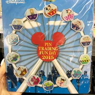Hkdl 2015 pin trading fun day 一套14個連卡