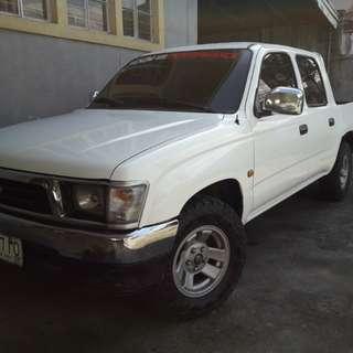 2000 Toyota Hilux Pickup