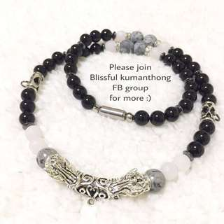 3 hooks amulet necklace