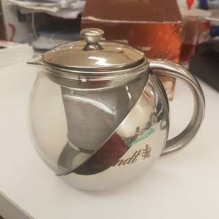 Lindt Tea Pot 700ml