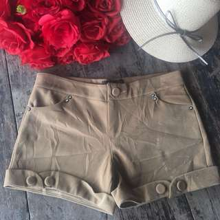 "shorts (36"") color lighter in picture"