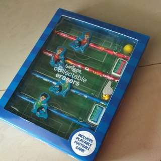 Smiggle set includes playable football game