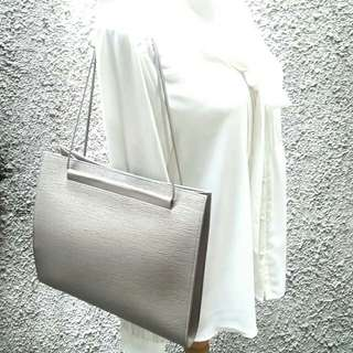 🌺Authentic Louis Vuitton St. Tropez Pepper Epileather-Excellent Very Good Condition