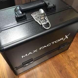 MAX FACTOR MAKE UP BOX