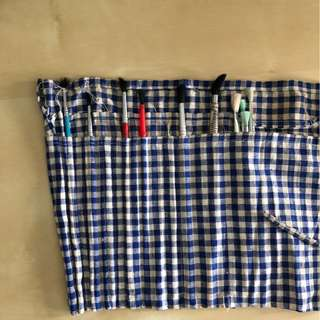 Paintbrush Many Different Sizes + Lyra Paintbrush Case Holder