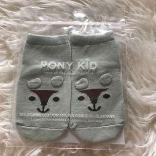 Sock size 6-24 bulan