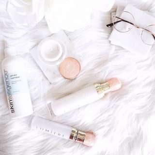 Skincare Lumiere de Vie + Skintelligence
