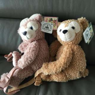 Duffy  and  Shelliemay 背包