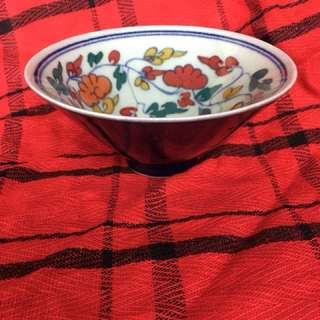 Ming dynasty Colorful floral pattern bowl . Authentic Ming Xunde mark artwork. 15cm diameter. 10 cm high. Price 280 . Offer if u are interested. Neg.