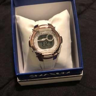 Maxum digital watch