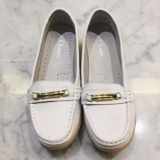 BN Leather White Casual Loafers (Flats, Pumps, S.T. Louis, Tassel)