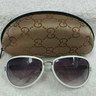 Gucci w/case