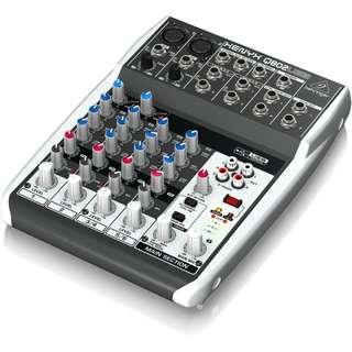 Behringer XENYX  Q802USB Mixer