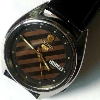 SEIKO 5 Auomatic Watch Bezel 36mm 17 jewels