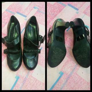 Office black shoes