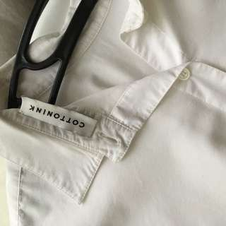 Asymmetrical White Shirt With Button On the Back