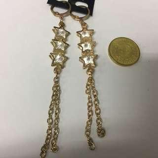 Chandelier Earrings Gold Stars (fancy)