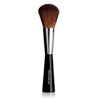 The Body Shop Face and Body powder brush