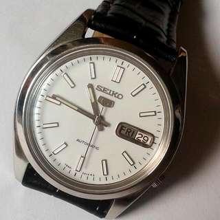 SEIKO 5 Auomatic Watch Bezel 37mm 21 jewels