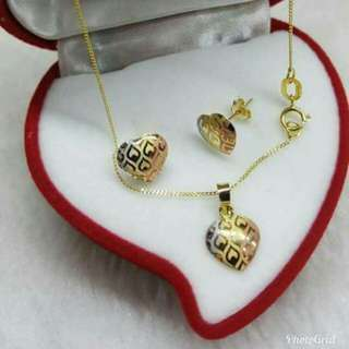 Saudi Gold Necklaces and Earrings (1.3-1.4grams)