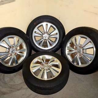 Honda Accord rim with tyre (Used)